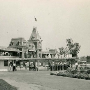 Disneyland Celebrates 58 Years Today – Happy Birthday!